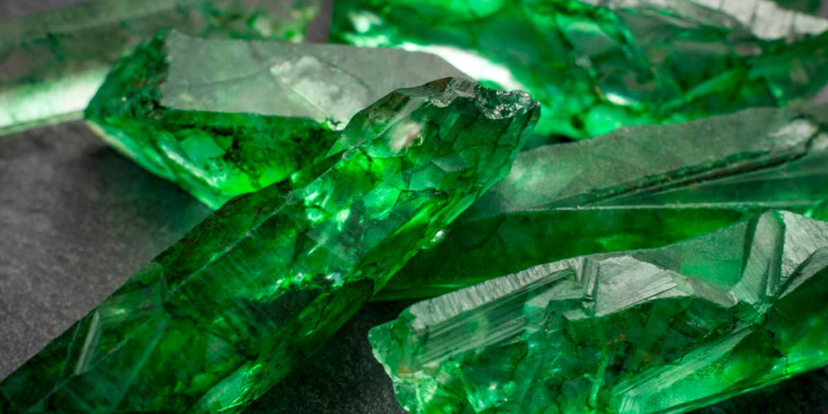the-magic-of-jewellery-emerald